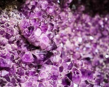 Ametista, conheça o tipo de quartzo mais valioso