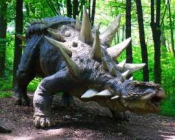 Conheça 12 tipos de dinossauros bem curiosos e assustadores!