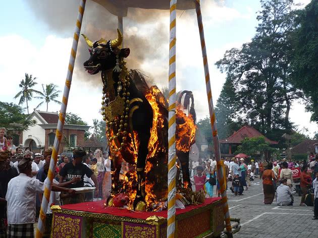 Cremação balinesa