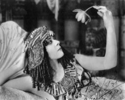 8 fatos que mostram que a Cleópatra é muito diferente do que pensávamos
