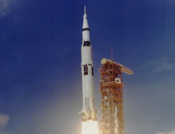 Foguete Saturno V