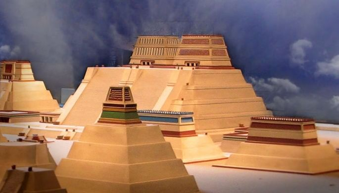 pirâmides astecas