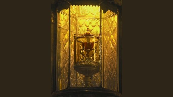 O cálice guardado na Catedral de Valença na Espanha que é dito como o 'verdadeiro Santo Graal'.