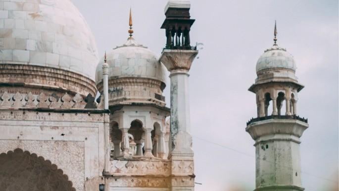Detalhe de um dos miranetes do Taj Mahal