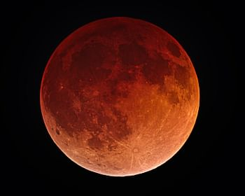 Lua de sangue: aprenda mais sobre este fenômeno