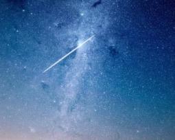 Estrelas cadentes: Descubra tudo sobre esse fenômeno celeste