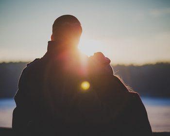 Ocitocina: conheça os efeitos do hormônio do amor