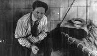 Os segredos da vida e da morte do famoso mágico Houdini