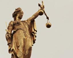Quem é Themis, a deusa grega da justiça